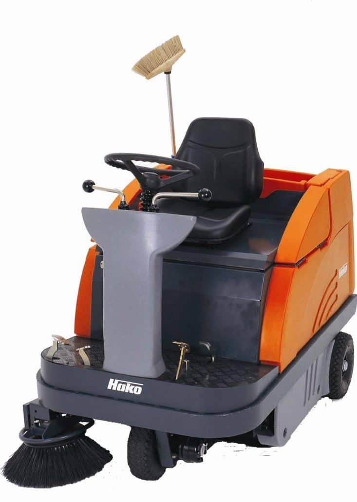 Frencken---Sweepmaster-B980-R-RH-zit-veegzuigmachine