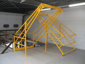 Bescherm verdiepingsvloeren in het magazijn met veiligheidskantelhekken